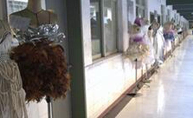 廣州香港服裝學院_校區走廊