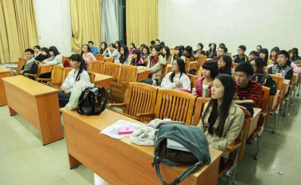 上海精銳留學_課堂學習氣氛