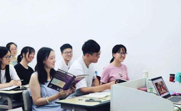 上海精銳留學_課堂提問