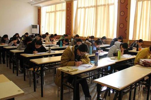 重慶碼善學教育_教室學習環境