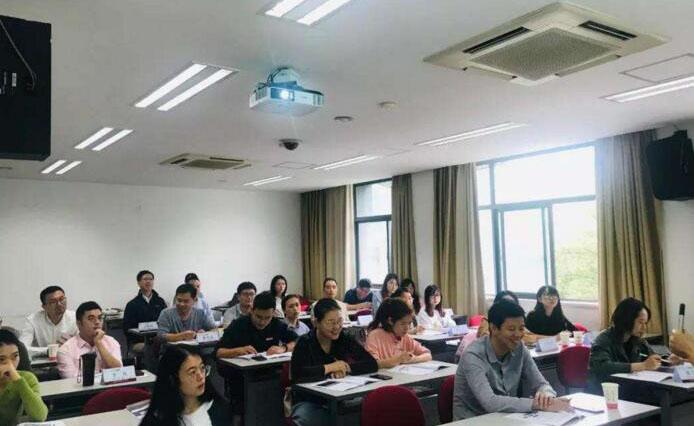 上海方引教育_課堂學習