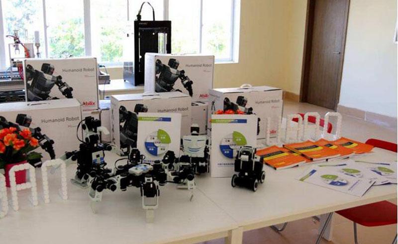广州鲁班培训中心_鲁班培训中心学习设备