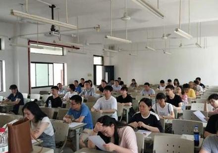 福州百閩教育_上課場景