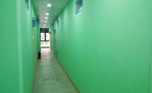 上海復文教育_復文教育校內走廊環境