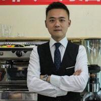 重慶新夢想職業培訓學校特約主講老師鄧彬
